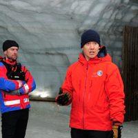 Rescue inside Langjokull glacier