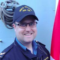 Sailor re-enrolls in the navy