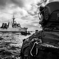 HMCS Edmonton makes drug bust