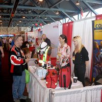 is-trade-show-16-024