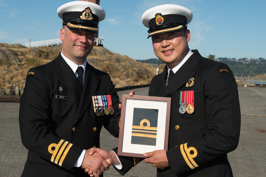 Lt(N) Ji-hwan Park is promoted to his current rank.