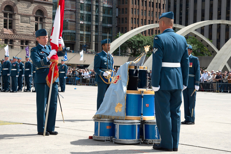 The Royal Canadian Air Force is presented with new Colours during a military parade and ceremony at Nathan Phillips Square in Toronto, Sept. 1. Photo by Sergeant Christopher Bentley, 16 Wing Imaging