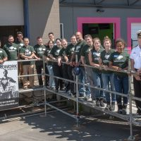 Military volunteers cook up support for renovation