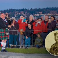 Inset: Piper Donald Kennedy, 43rd Cameron Highlanders