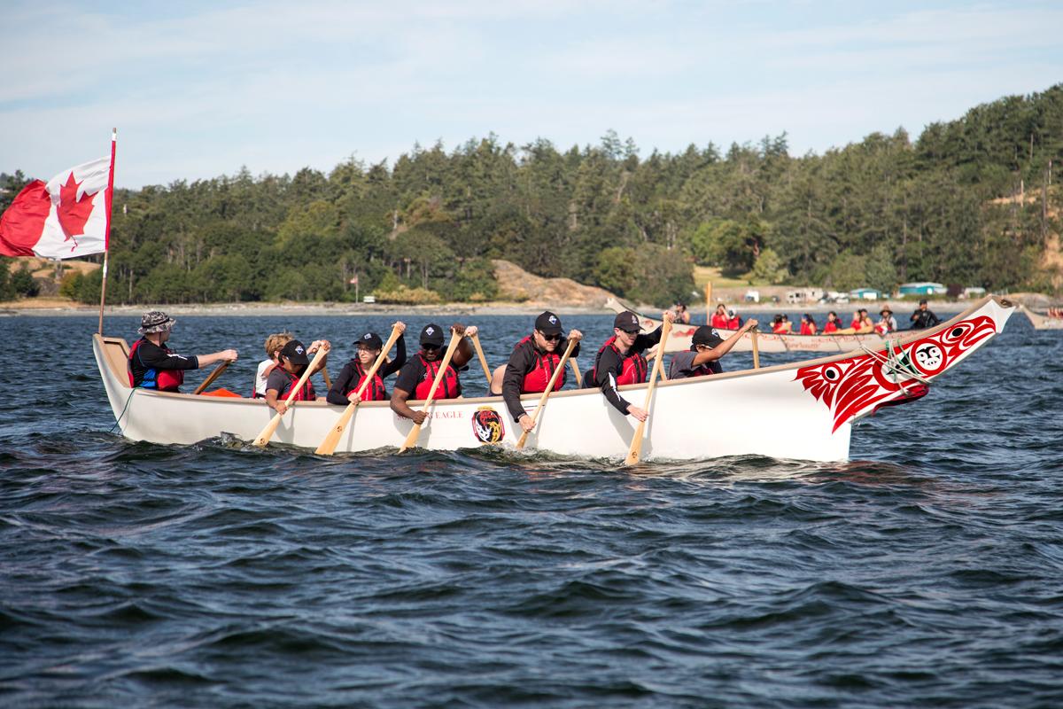 HMCS Discovery joins canoe journey