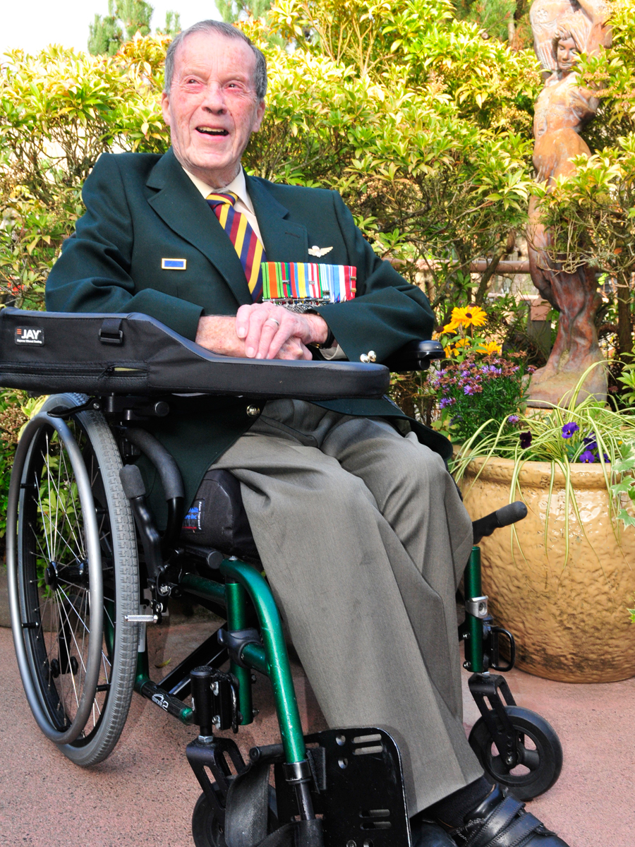 Murray Edwards attends a ceremony for his 90th year certificate presented by Princess Patricia's Canadian Light Infantry at Veterans Memorial Lodge at Broadmead in November 2019. Credit: Peter Mallett